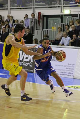 brandon_wood7_firenze_enegan_recanati_pallacanestro2013