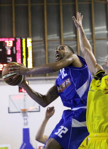 brandon_wood9_firenze_enegan_recanati_pallacanestro2013