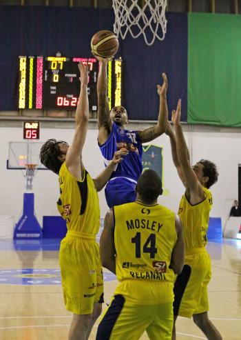 brandon_wood_firenze_enegan_recanati_pallacanestro2013