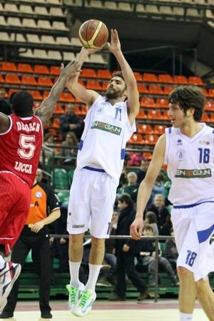 alexander_simoncelli_basket2014