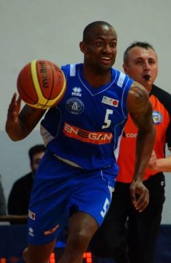 ian_young_pallacanestro2014_firenze