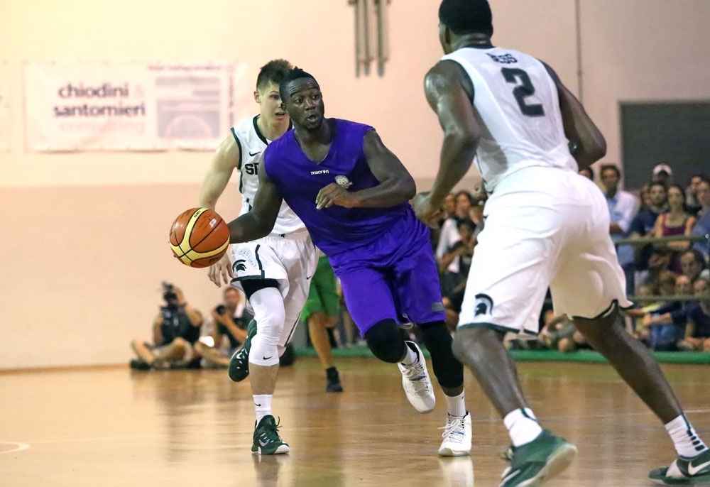 mohamed_toure1_fiorentina_basket2015
