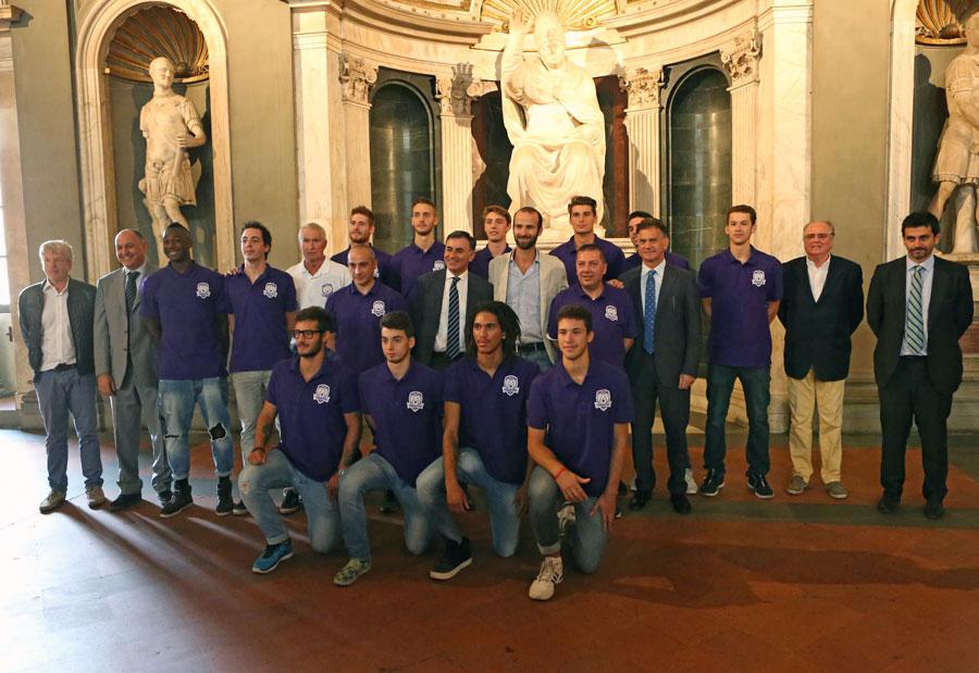 team_presentazione_fiorentina_basket2015
