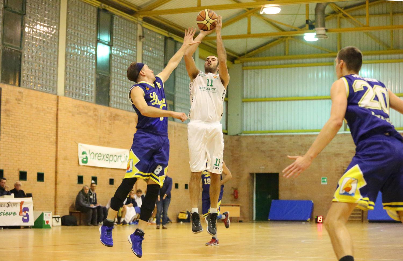 00luigi_occhini_valdisieve_libertas_livorno_basket2015