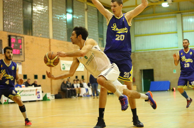 01giorgio_corsi_valdisieve_libertas_livorno_basket2015