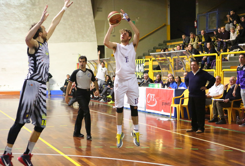 07tommaso_bianchi_fiorentina_bergamo_basket2015