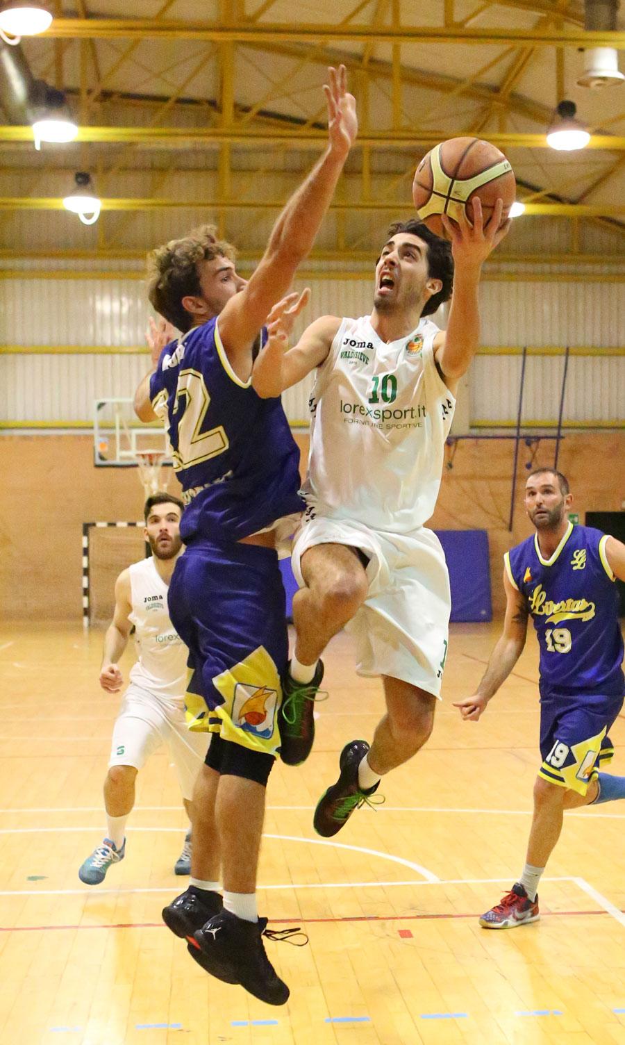 09daniele_rossi_valdisieve_libertas_livorno_basket2015