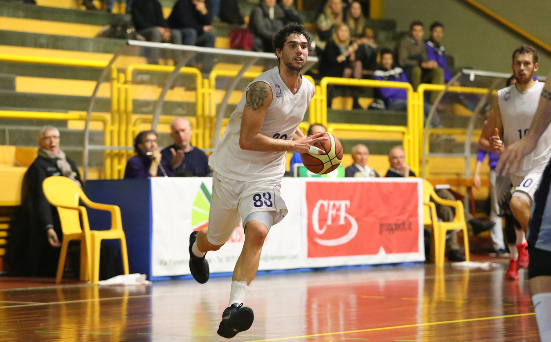 10matteo_caroli_fiorentina_bergamo_basket2015