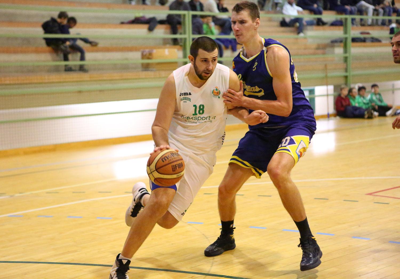 11carlo_trentani_valdisieve_libertas_livorno_basket2015