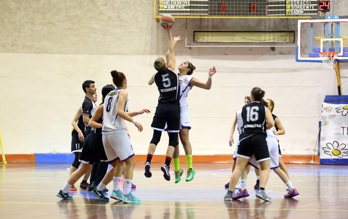 00_florence_galli_femminile_basket2015