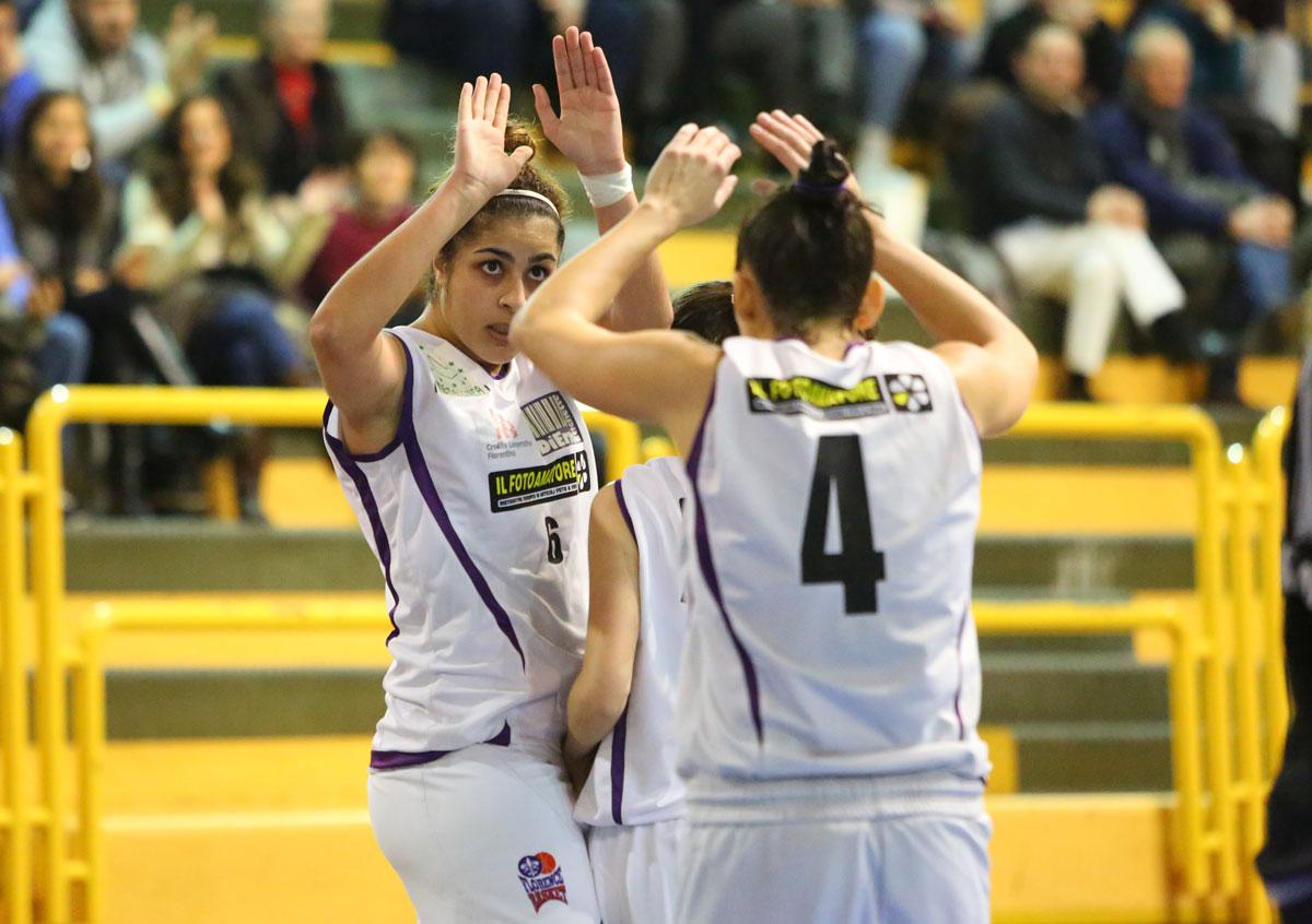 01_florence_galli_femminile_basket2015
