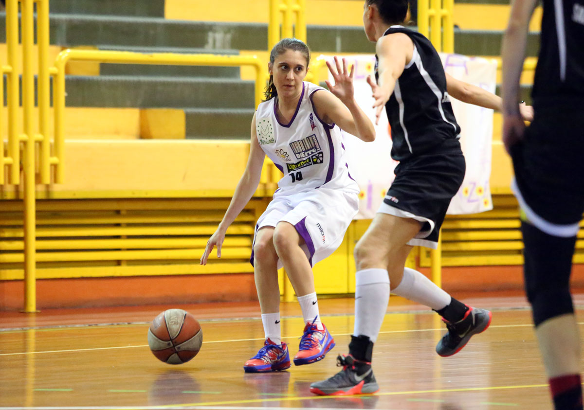 02_ghiribelli_florence_galli_femminile_basket2015