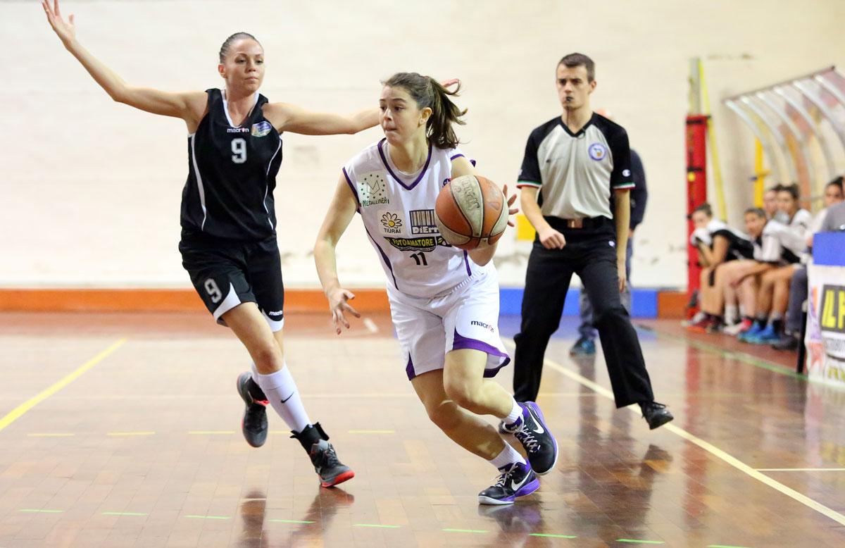08_matteini_florence_galli_femminile_basket2015