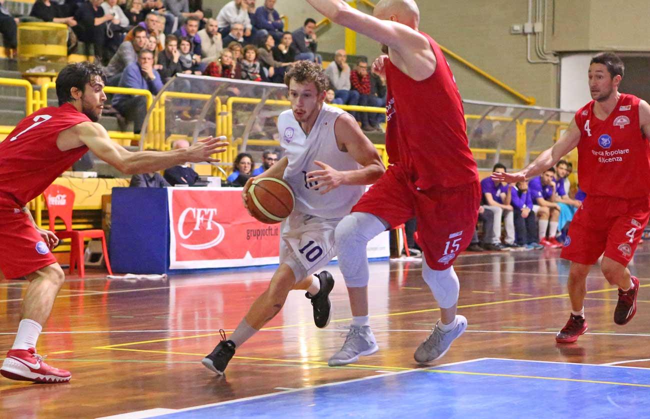 15simone_lasagni_2015_fiorentina_basket_vicenza