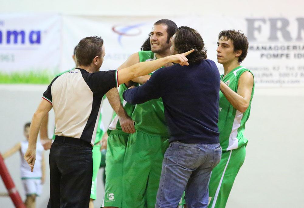 occhini_espulso_pinodragons_valdisieve2015basket