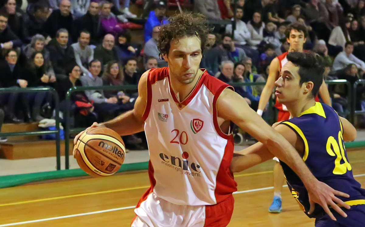 samuele_puccioni_pinodragons_olimpialegnaia2015_basket