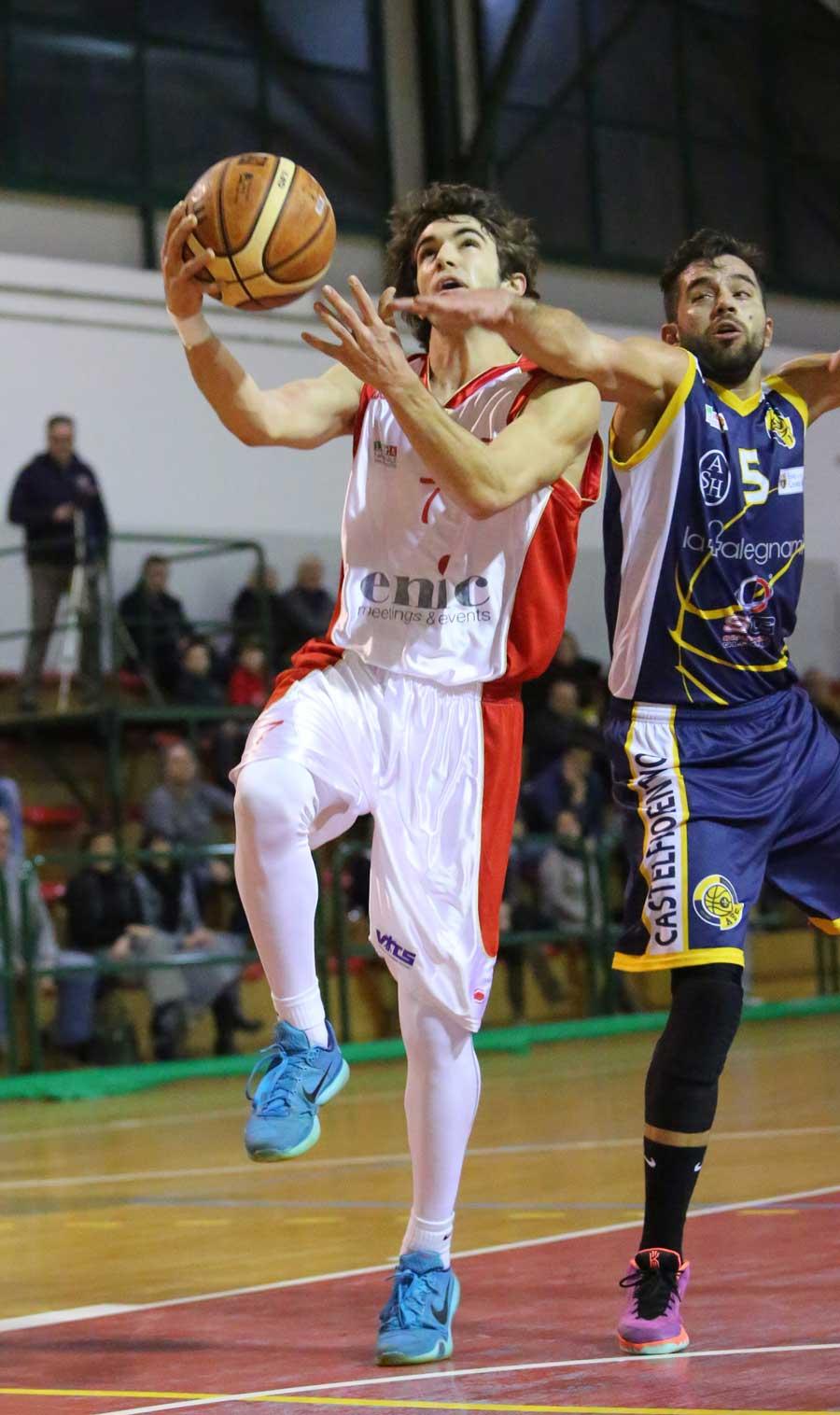02vieri_marotta_enic_pinodragons_castelfiorentino_basket2016