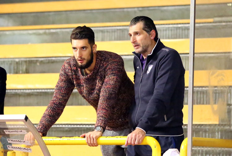 Longobardi e Niccolai sulle tribune di San Marcellino (foto Fabio Bernardini)