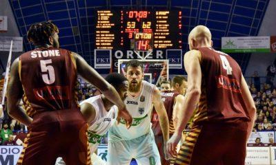 Zerini_Sotto-Canestro_Avellino_Venezia_Semifinale_2017_Playoff-400x240