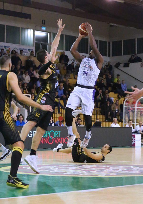 Momo tourè fiorentina basket 2019