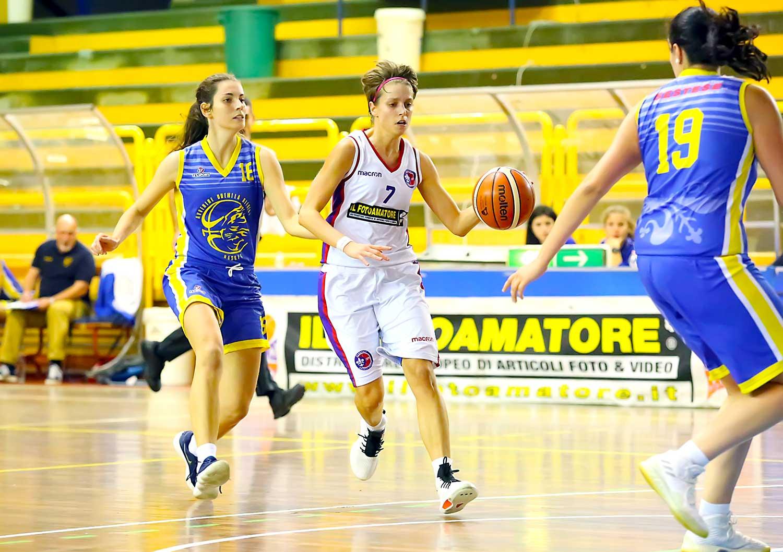 Florence facile nel derby con Avvenire. Il problema al PalaValenti inizia a pesare per le gialloblù - Firenze Basketblog